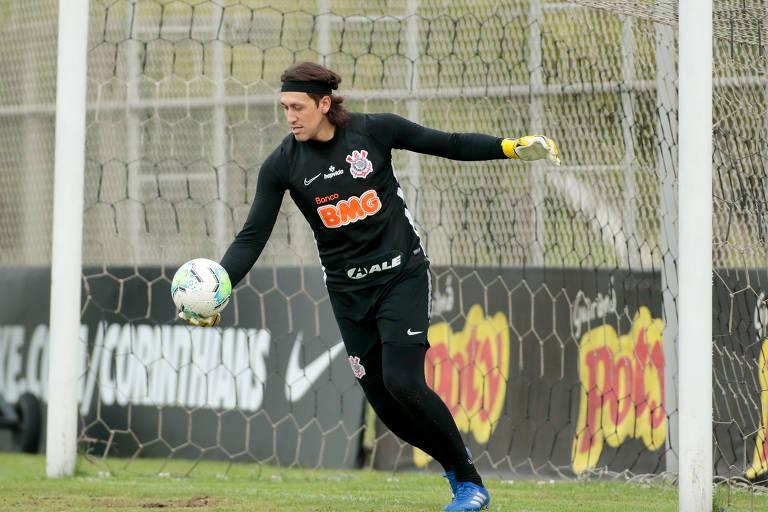 Cássio chega a 500 jogos com a camisa do Corinthians
