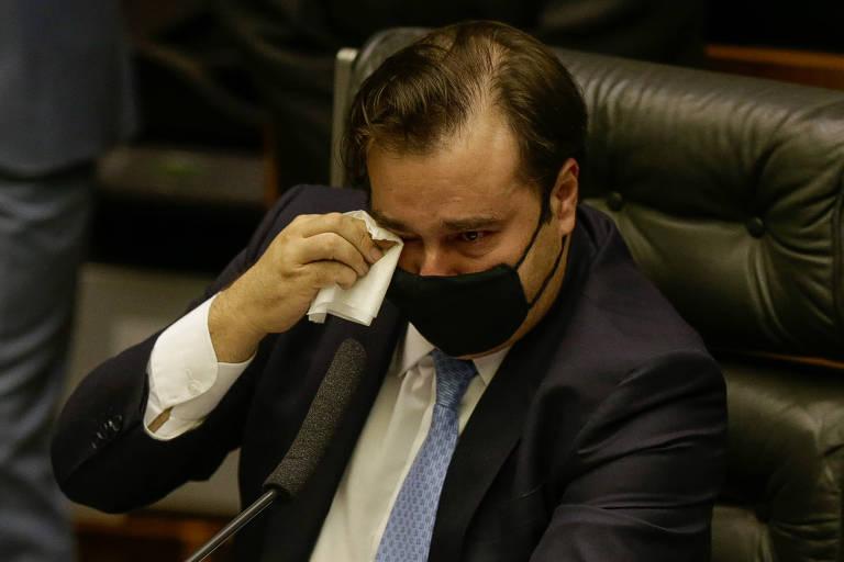 Deputados do DEM queriam reação mais dura contra Rodrigo Maia