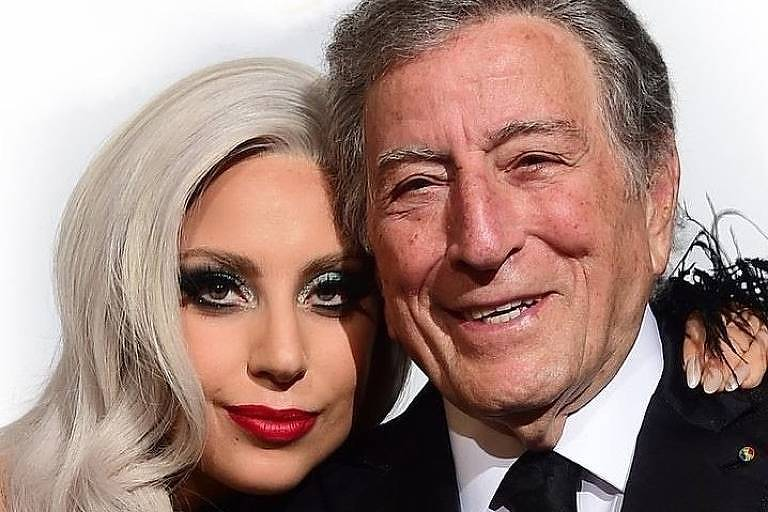 Lady Gaga e Tony Bennett emocionam em show para vacinados em Nova York