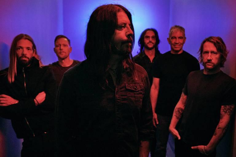 Dave Grohl e o Foo Fighters venceram fantasmas e a pandemia para lançar disco
