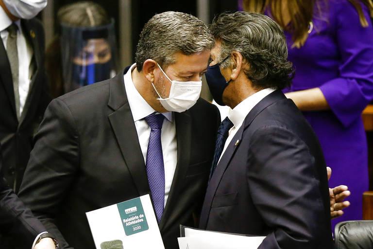 Lira (esq.) e Fux conversam durante a abertura do ano legislativo na Câmara dos Deputados