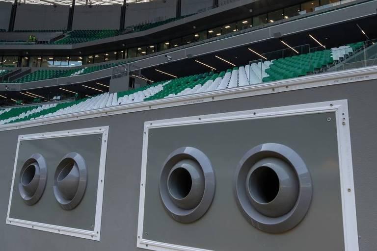Sistema de refrigeração no estádio Education City, no Qatar