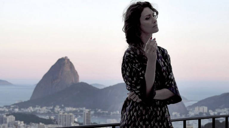 É triste ter de gastar tanta energia reconstruindo a cultura tão potente do Brasil