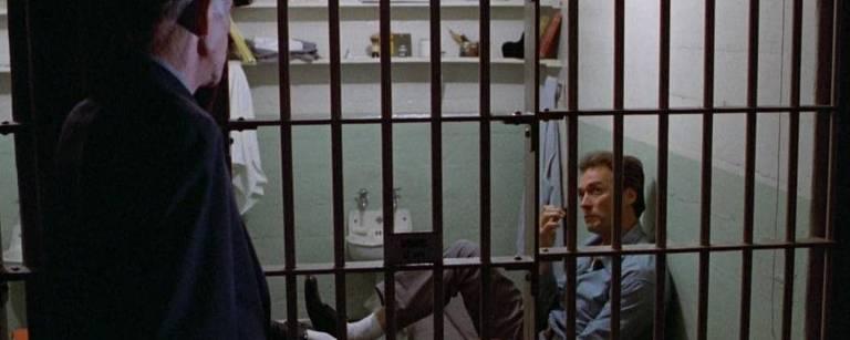 """Cena do filme """"Fuga de Alcatraz"""""""