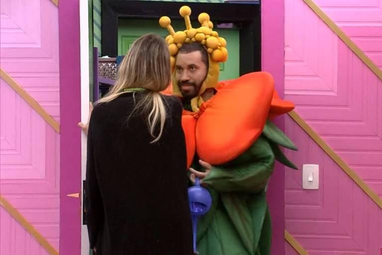 Gilberto dá imunidade para Sarah no BBB 21