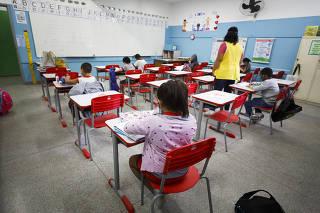 Volta às aulas presenciais na Escola Estadual Raul Antônio Fragoso, em Pirituba