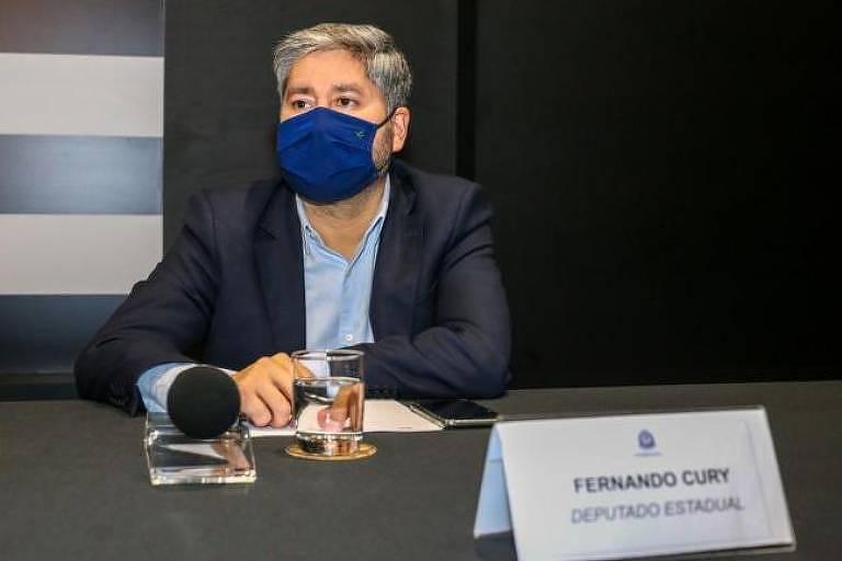 O deputado Fernando Cury (Cidadania), acusado de importunação sexual após tocar no seio da deputada Isa Penna (PSOL) em plenário