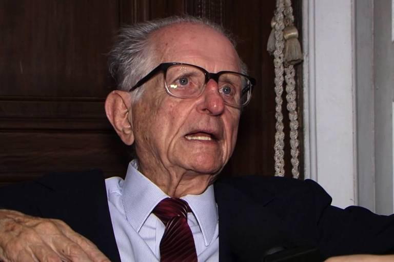 O ex-governador da Bahia Roberto Santos