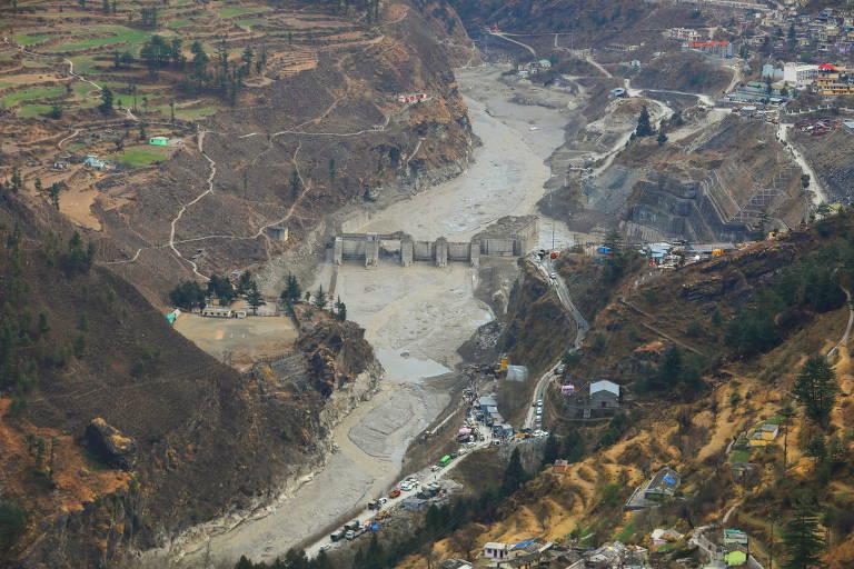 Vista do local onde membros da Força Nacional conduziram a operação de resgate, depois que a geleira se rompeu