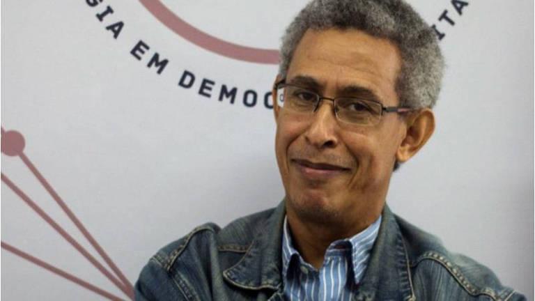 Wilson Gomes destaca a ausência de espaços para a construção de diálogos
