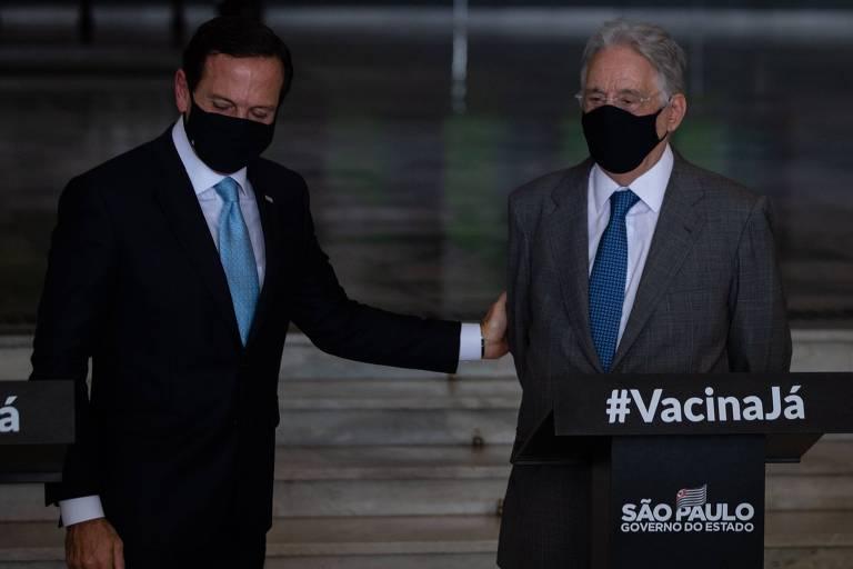 Doria e FHC durante evento sobre a vacinação contra a Covid-19, em janeiro no Palácio dos Bandeirantes