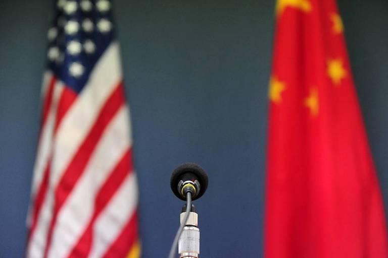 Por duas horas, Biden e Xi conversam sobre 'direitos, comércio e clima'