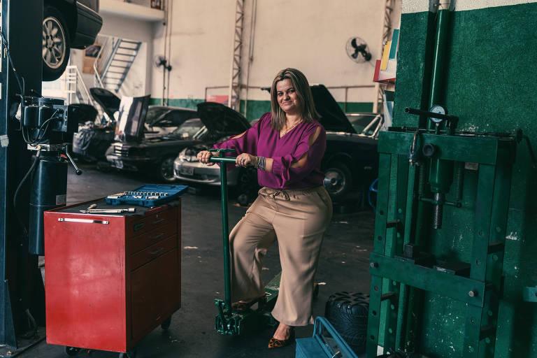 A empresária Vanessa Torigoe no Centro de Diagnóstico Automotivo Torigoe, na zona leste de São Paulo