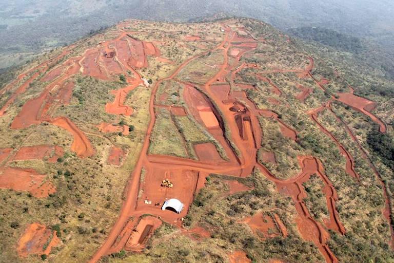 Livro conta disputa da Vale por mina de ferro na África