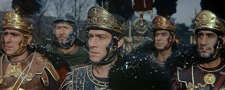 """Cena do filme """"A Queda do Império Romano"""""""