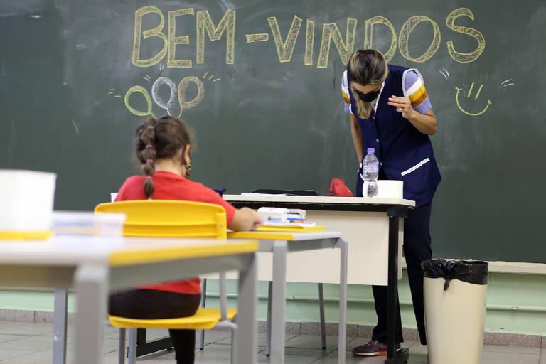 Escolas da rede municipal de São Paulo voltam às aulas