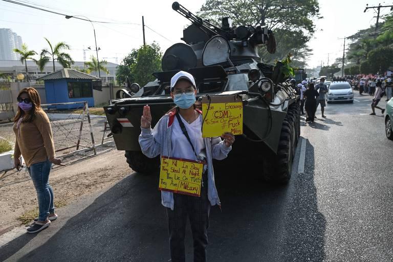 Mianmar registra atos menores após Exército enviar tropas para reprimir protestos