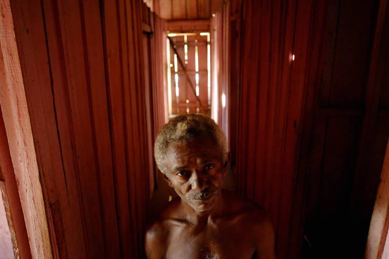 O ex-peão de trecho Raimundo de Souza, em Curionópolis (PA)