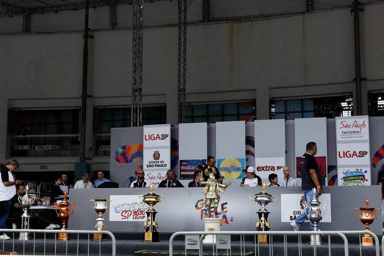 Caneladas do Vitão: Liga dos Campeões não ocupa espaço da apuração do Carnaval
