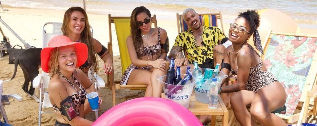 Anitta reúne famosos em reality show cheio de jogos e pegação