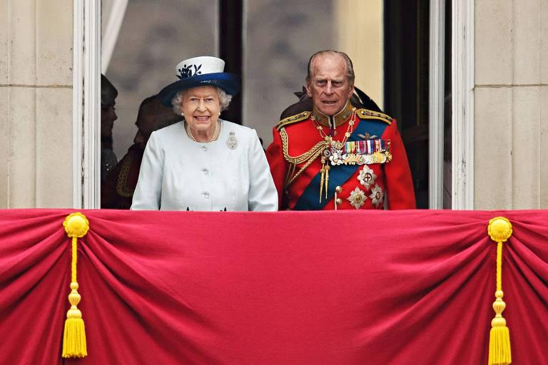 Príncipe Philip, marido da rainha Elizabeth 2ª, morre aos 99 anos