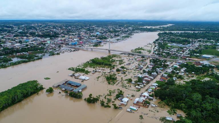 Acre lida com dengue, Covid-19, inundação e crise migratória ao mesmo tempo