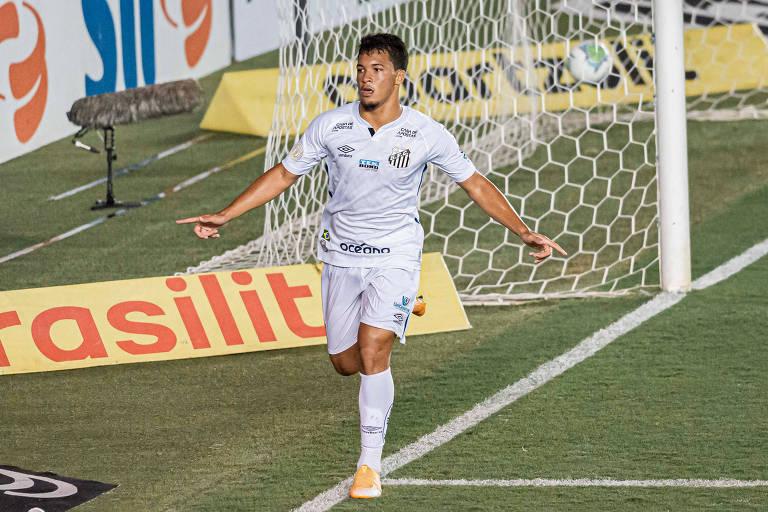 Marcos Leonardo comemora o gol da vitória do Santos sobre o Corinthians na Vila Belmiro