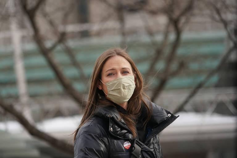 Restaurante de Nova York demite garçonete que recusou vacina contra a Covid-19