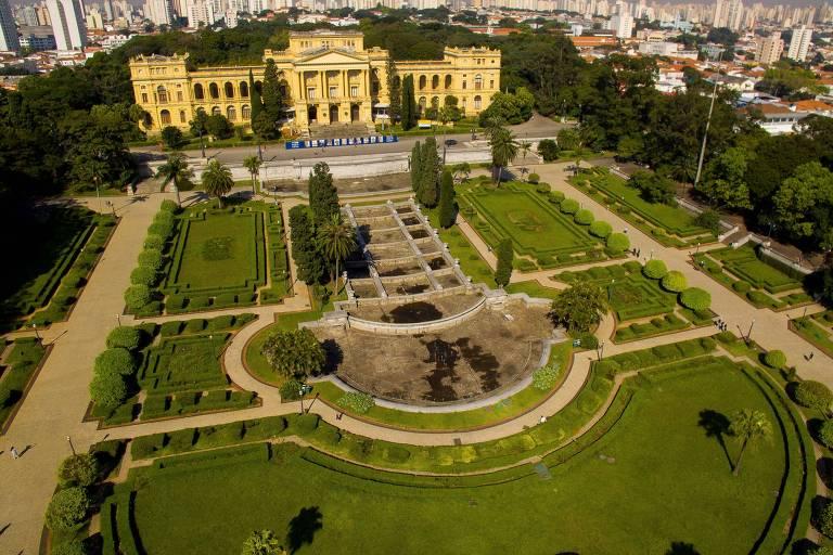 Imagem de drone mostra o Museu Paulista, mais conhecido como Museu do Ipiranga