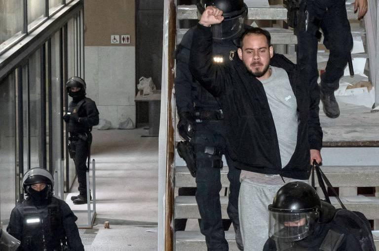 Prisão de rapper gera protestos na Espanha