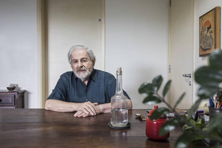 Estamos vivendo uma tragédia, mas precisamos resistir, diz Raduan Nassar sobre Bolsonaro