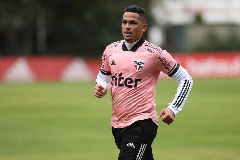 Com o jogo importante para o São Paulo, o atacante Luciano é a esperança da torcida no clássico