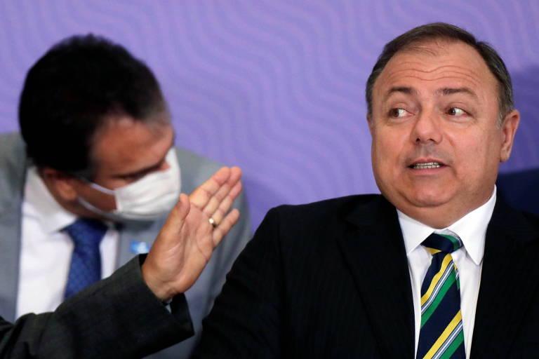 Pazuello agora pede ajuda, e Congresso é pressionado a assumir combate à Covid-19 diante de omissão de Bolsonaro