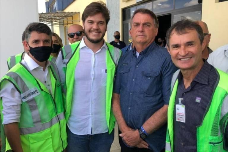 'Descompromisso com a vida', diz secretário de Saúde da Paraíba sobre passagem de Bolsonaro sem máscara