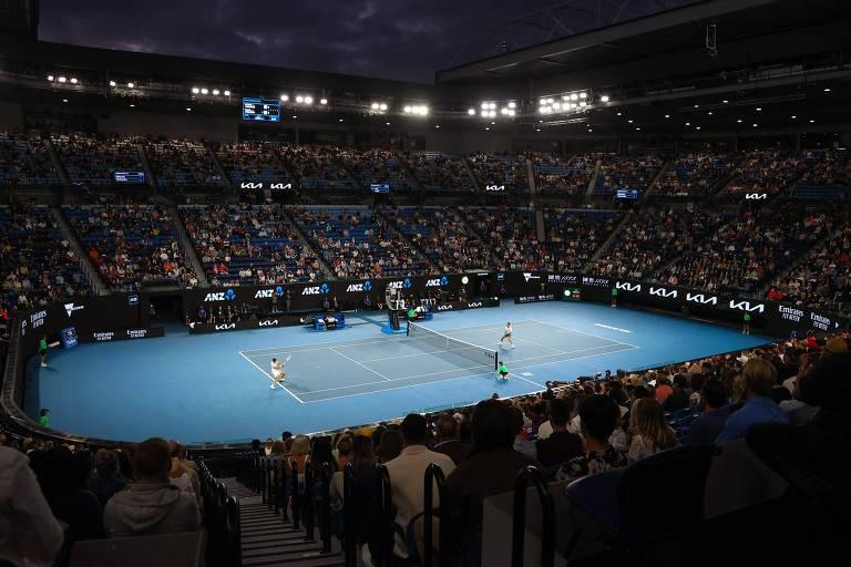 Rod Laver Arena recebeu cerca de 7.500 espectadores neste domingo