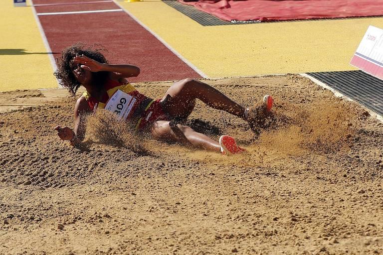 Maria Vicente em prova do salto triplo em 2018