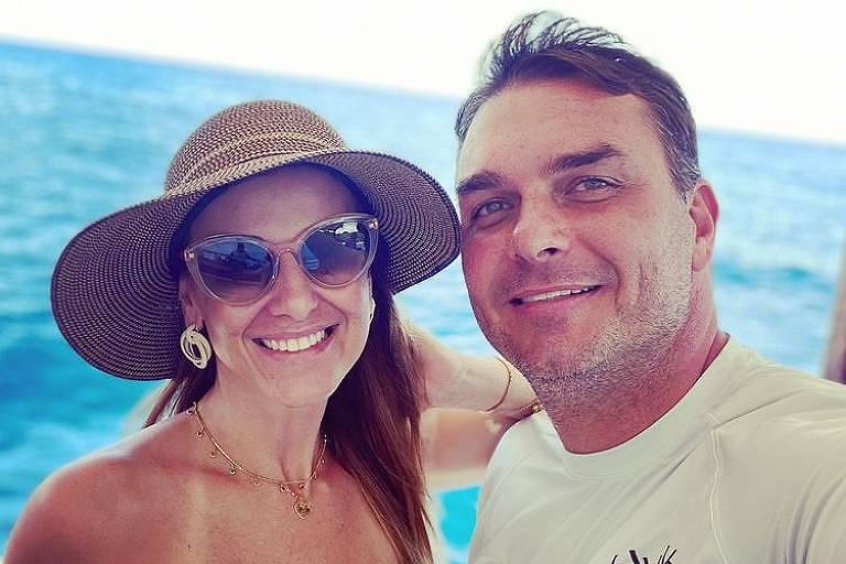 Flávio Bolsonaro diz que quebra de sigilo de sua mulher prova 'massacre' de investigadores