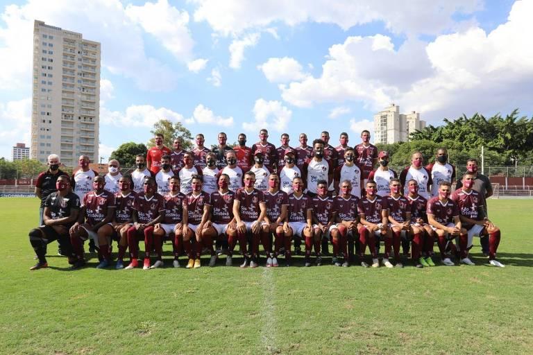 Juventus faz foto posada na apresentação do elenco para a disputa da Série A-2 do Campeonato Paulista