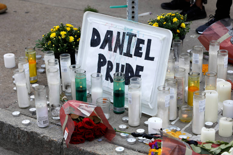 Homenagem a Daniel Prude em rua de Rochester, no estado de Nova York