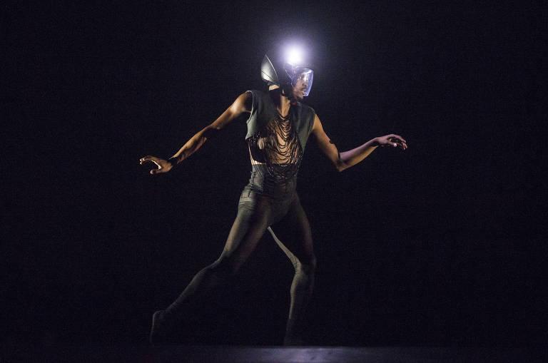 Balé da Cidade dança rave do fim mundo em 'Transe'