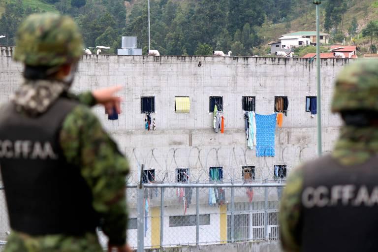 Com quase 80 mortes, violência em prisões expõe nova derrota de Moreno no Equador
