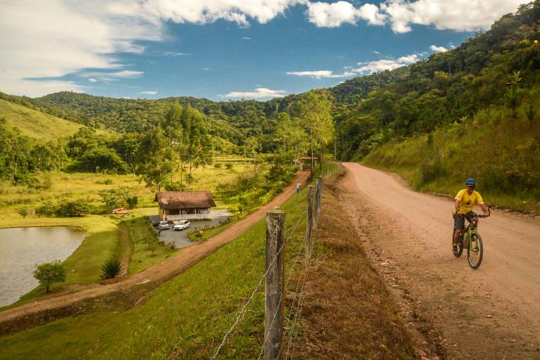 Passeio de bike feito na Serra Catarinense pela Caminhos do Sertão Cicloturismo