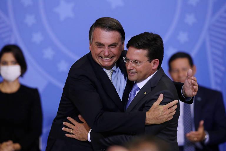 Presidente Jair Bolsonaro participa de cerimônia de posse do republicano João Roma como novo ministro da Cidadania