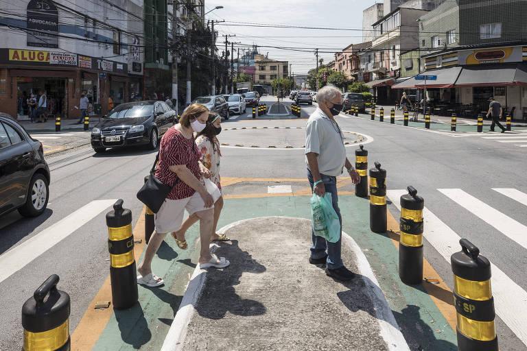 Cruzamento da zona norte de SP ganha tratamento para acalmar trânsito