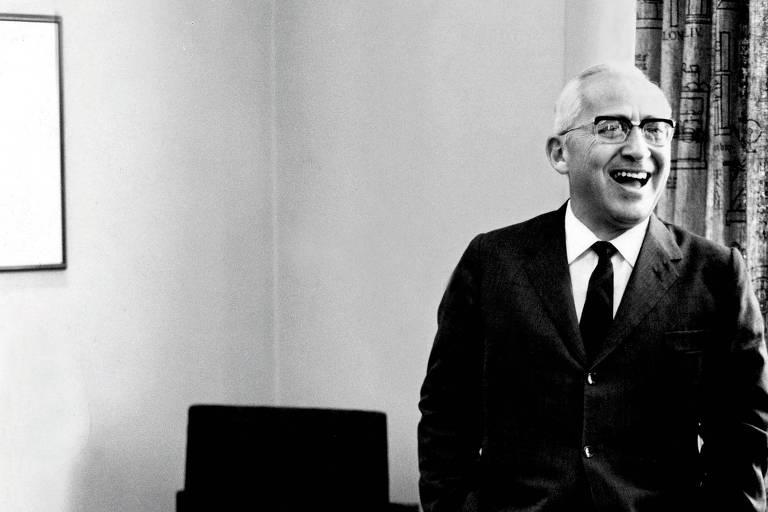 O então publisher da Folha, Octavio Frias de Oliveira, em viagem a Chicago (EUA), em 1969