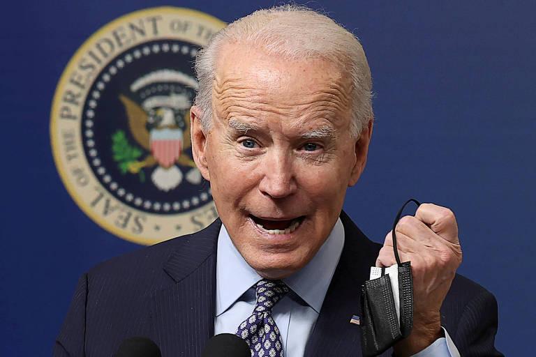 Joe Biden discursa durante evento em celebração à vacinação contra Covid-19 nos EUA