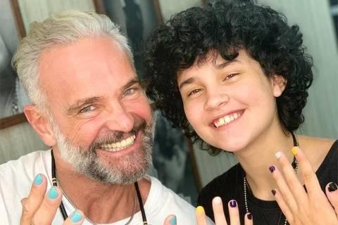 Mateus Carrieri falou pela primeira vez sobre a transição de gênero de seu filho, Domenico, ou Nico, de 13 anos de idade.