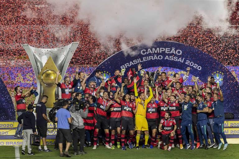 Jogadores do Flamengo comemoram o título do Brasileiro