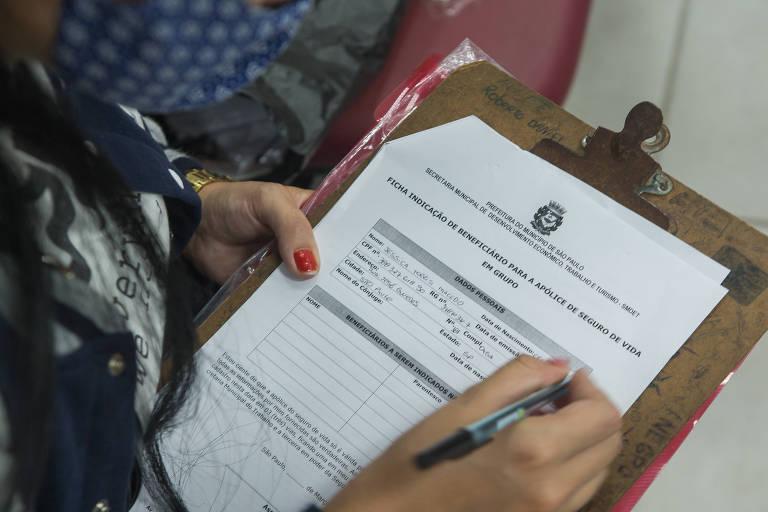 Prefeitura de SP inicia contratação de mães de alunos para auxiliar no combate à Covid em escolas