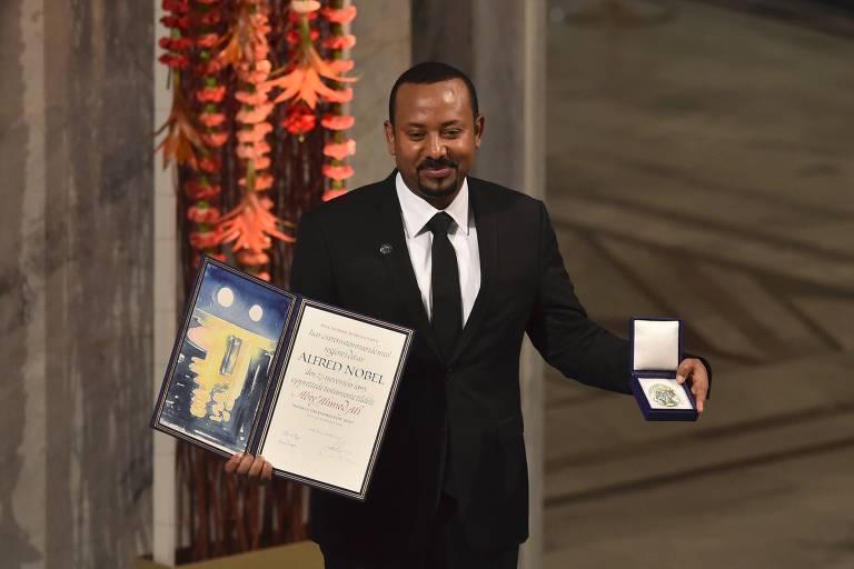 Prêmio Nobel da Paz é alvo de críticas após vexames